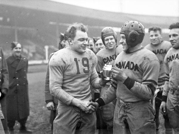 Histoire et évolution du football américain